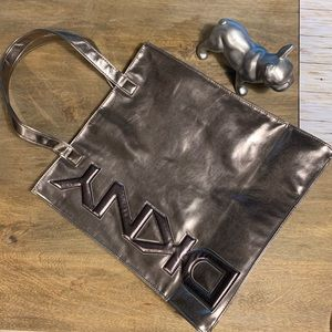 DKNY fully lined large tote bag